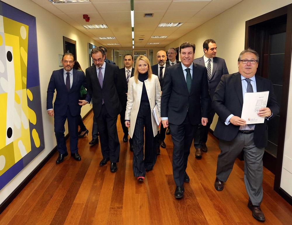 La Junta de Castilla y León firma un convenio con nueve mutuas para impulsar la formación en riesgos laborales
